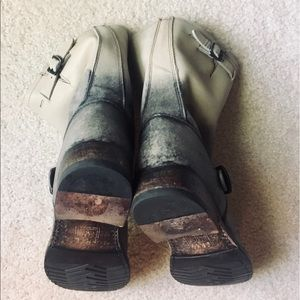 Frye Shoes - Stone/Black Frye Veronica Short Engineer Moto 8.5